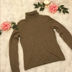 Neiman Marcus Cashmere Collection Brown Sweater
